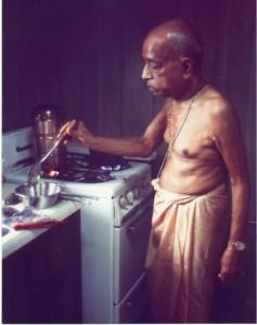 prabhupada_cooking